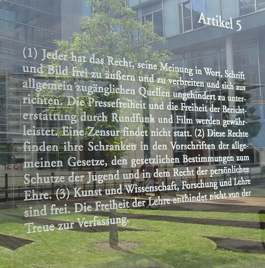 """alt=""""Grundgesetz Art. 5, Meinungsfreiheit"""""""